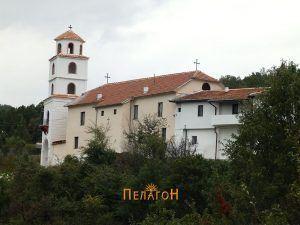 Манастирот од југоисток