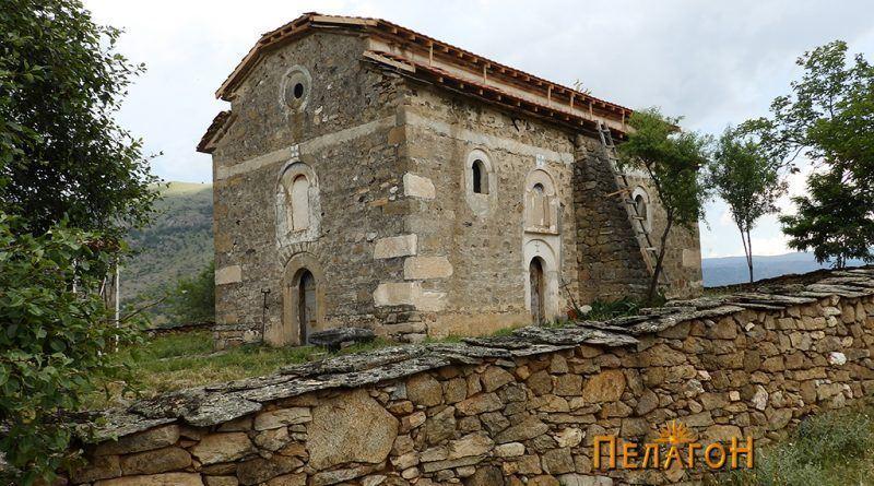 """Црквата """"Св. Спас"""" - од југозапад"""