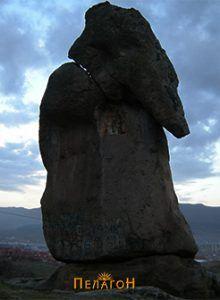Камениот слон во подножјето на Маркови Кули кај Прилеп