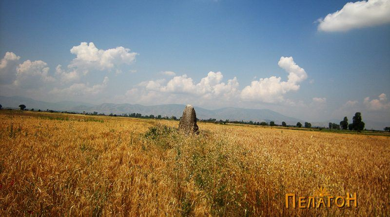 Мегалитот среде Пелагонија - од исток