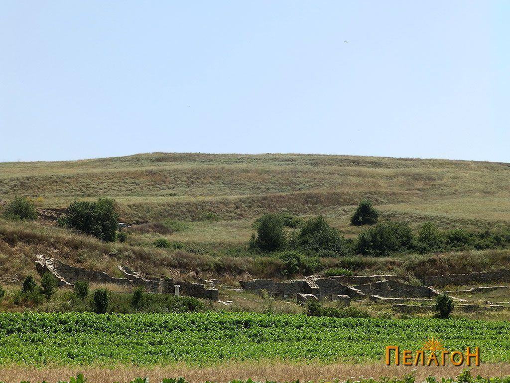 """Гимназионот во Стибера со дел од ридот """"Бедем"""""""