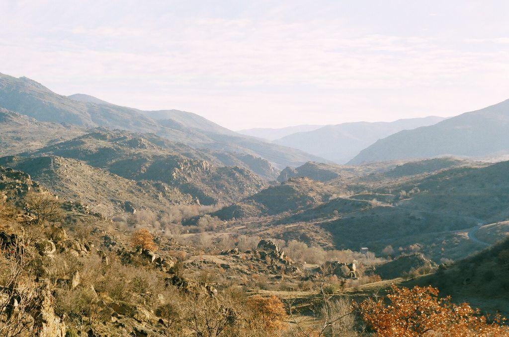 Црна Река - долина кај Расимбегов Мост