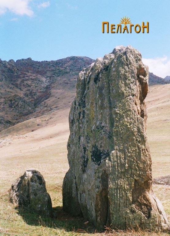Исправен камен од југозападна страна