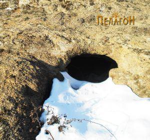 Гробница бр. 3 - во снег 1