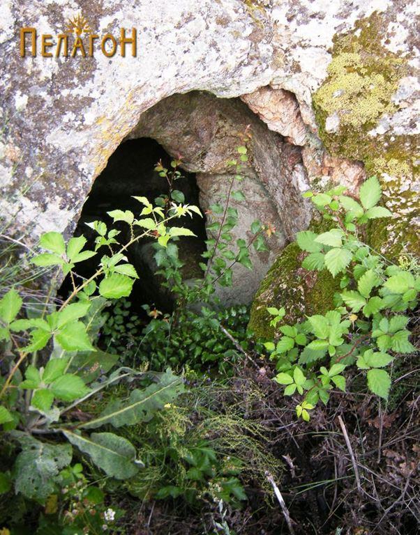Гробница 1 - од југозапад
