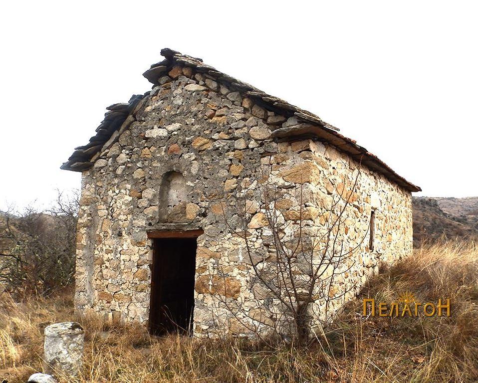 """Црквата  """"Св. Спас"""" од југозапад"""