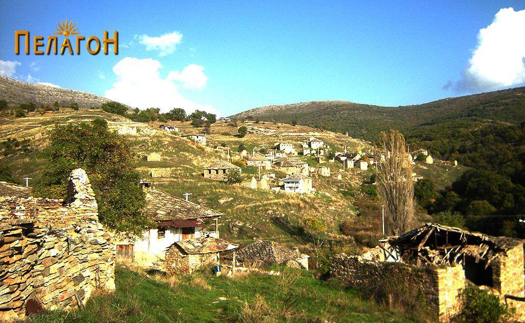 Селото Вепрчани - поглед од запад