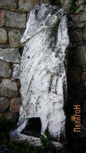 """Скулптурата пронајдена во близина на """"Влајкова Чешма"""""""