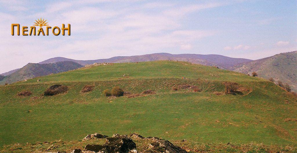 """Големото плато на """"Кале"""" над Бучин од јужната страна"""
