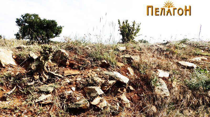 """Траги од ѕид од утврдувањето на """"Трновски Рид"""""""