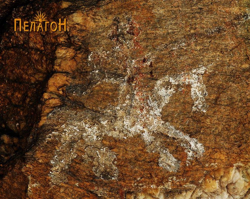 Еден од коњаниците од композицијата на југоисточната страна на култната карпа