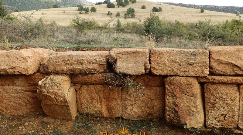 """""""Колкот"""" - поглед од кралската гробница на """"Павла Чука"""""""