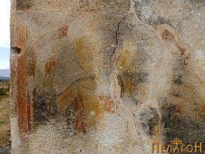 Остаток од живописот на јужниот ѕид 7