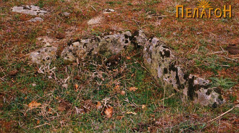 Остатоци од гроб од типот циста во близина