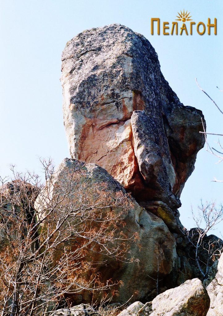 Во близина на Градиште се среќаваат интересни форми на карпи