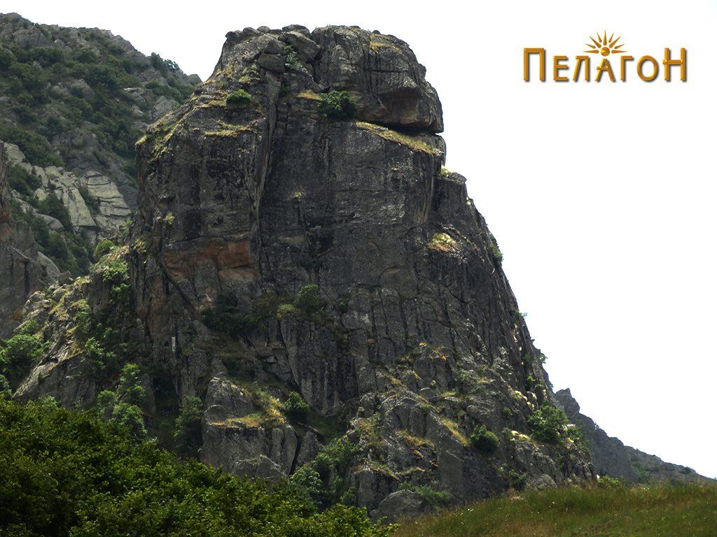 """""""Стогот"""" со тврдината од север"""