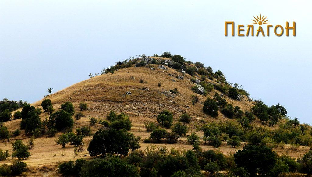 """""""Лаштигерот"""" - праисториска населба со утврдување - од север 3"""