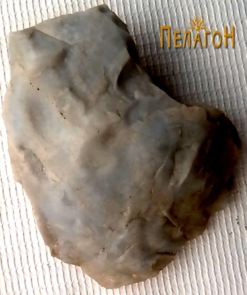 Фрагмент или откршок од камено орудие