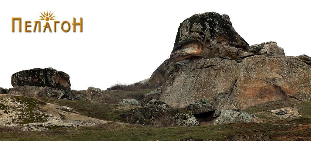 Фасцинантна карпа, делумно уништена, од југоисточната страна 2