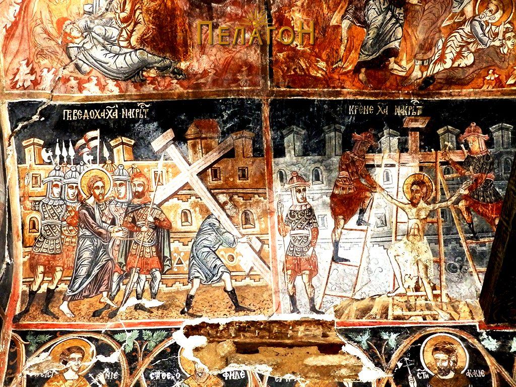 Две композиции од западниот дел на северниот крст - Носење на крстот и Кревање на Исус на крстот