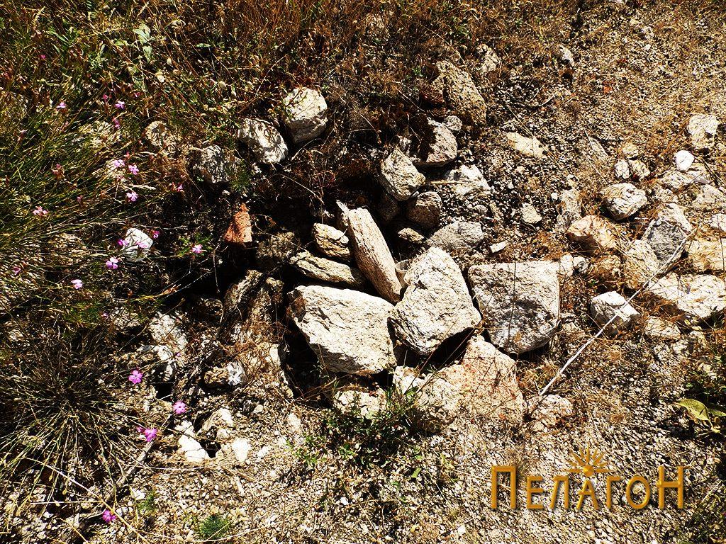 Остаток од градежен материјал - камен, керамика и сл.