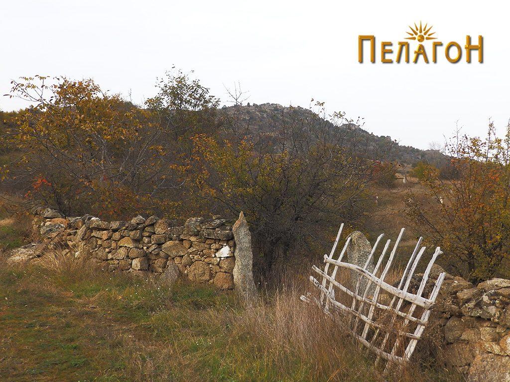 Дел од ѕидот од Ангеле 7
