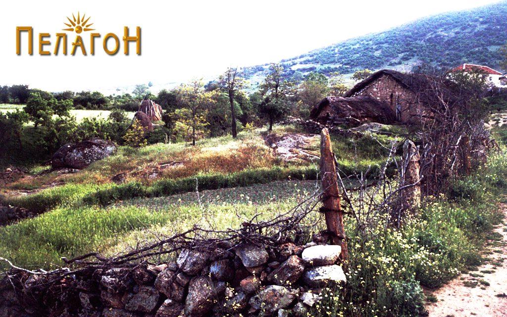 Родната куќа на војводата со околината во Горно Маало