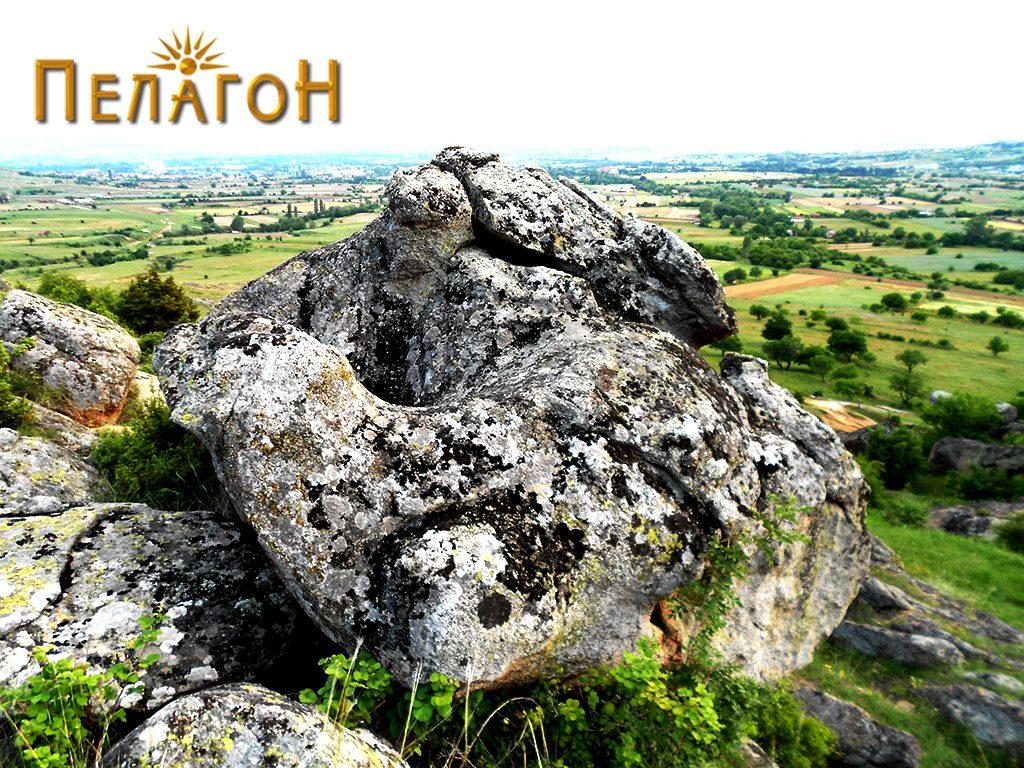 Горниот дел на карпата со живопис