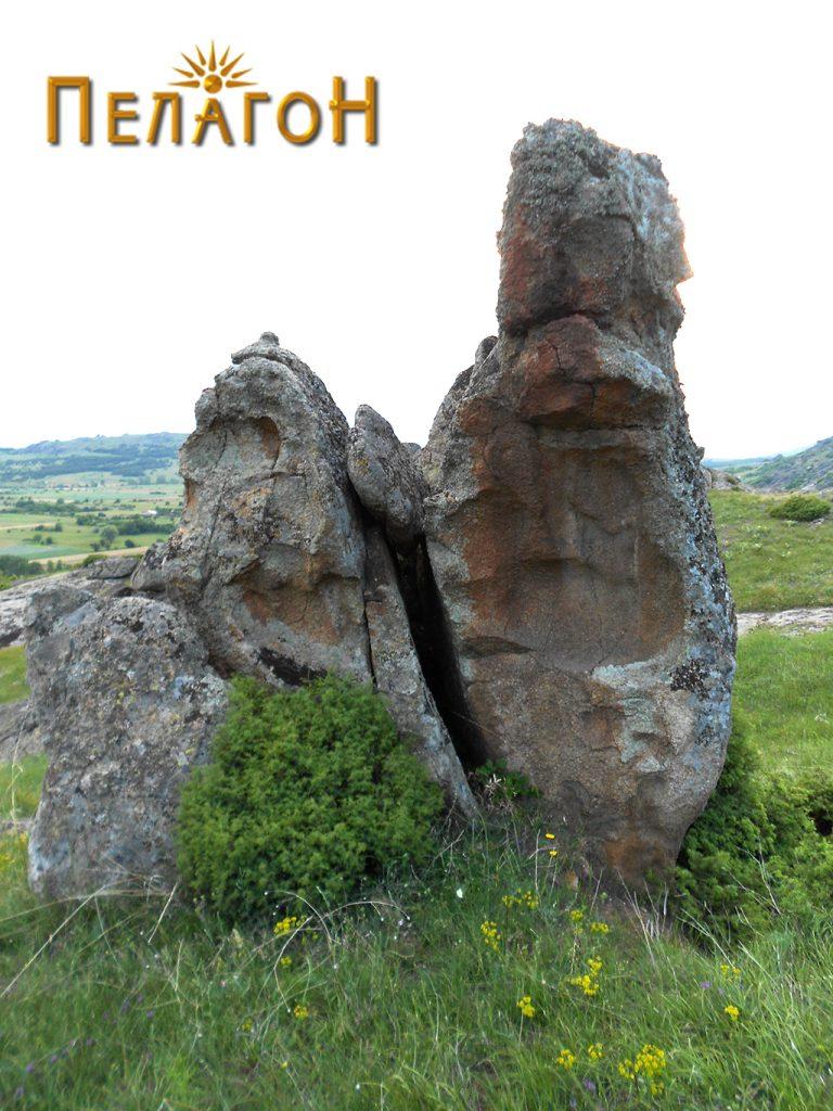 Втората карпа со симболика
