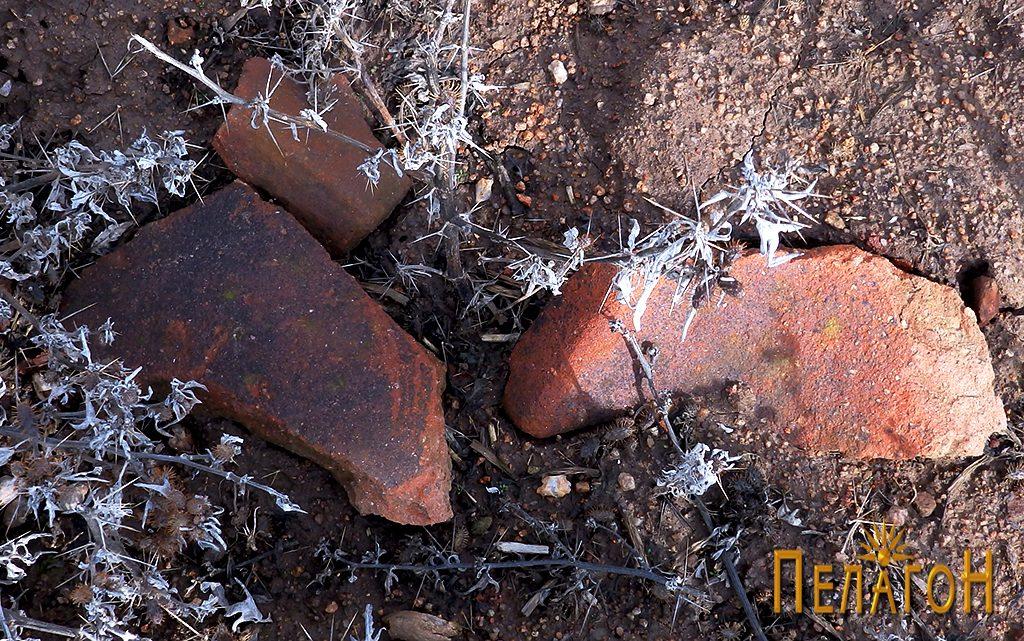 Фрагменти од керамички предмети на лице место