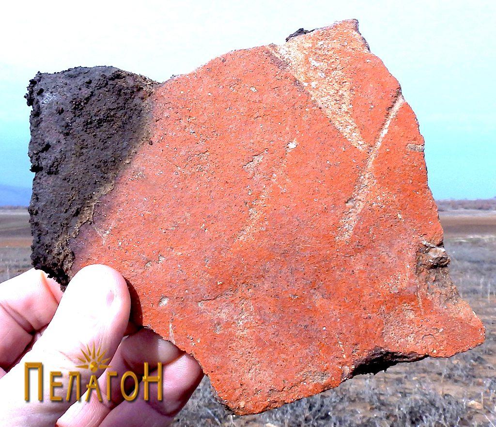 Фрагмент од поголем керамички сад - веројатно питос