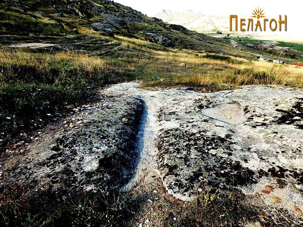 Поголем канал оформен на ниска карпа