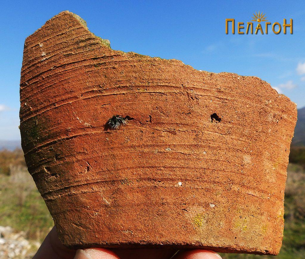 """Фрагмент керамички сад - долниот дел со дното од л. """"Манастирот"""""""