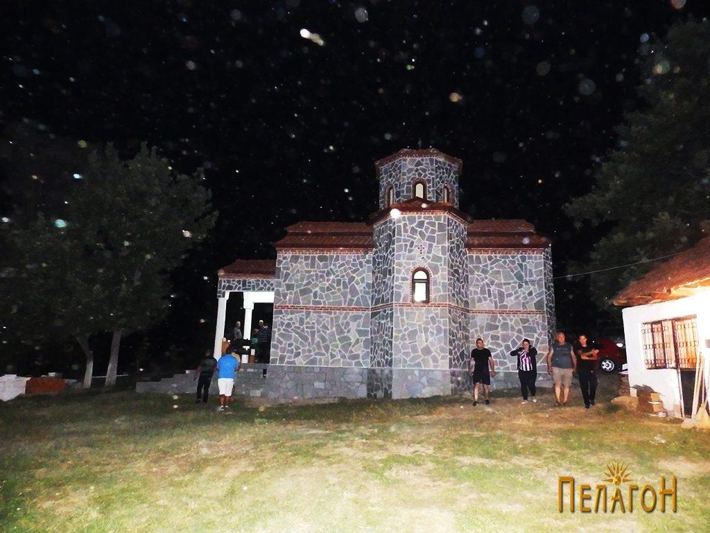 """Ноќен амбиент во манастирот """"Св. Петка"""""""