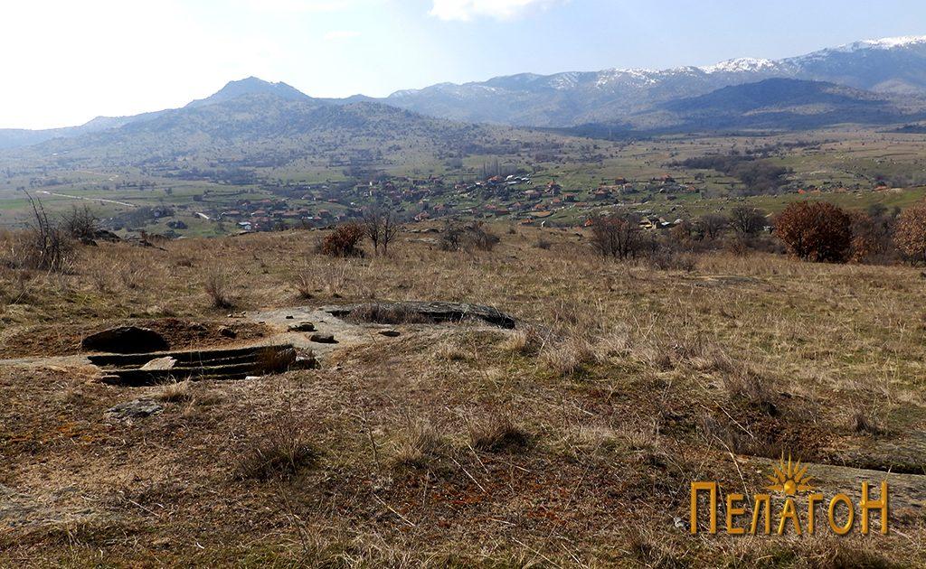 Винарник и мала некропола во карпа во близина на локалитетот со симболиката