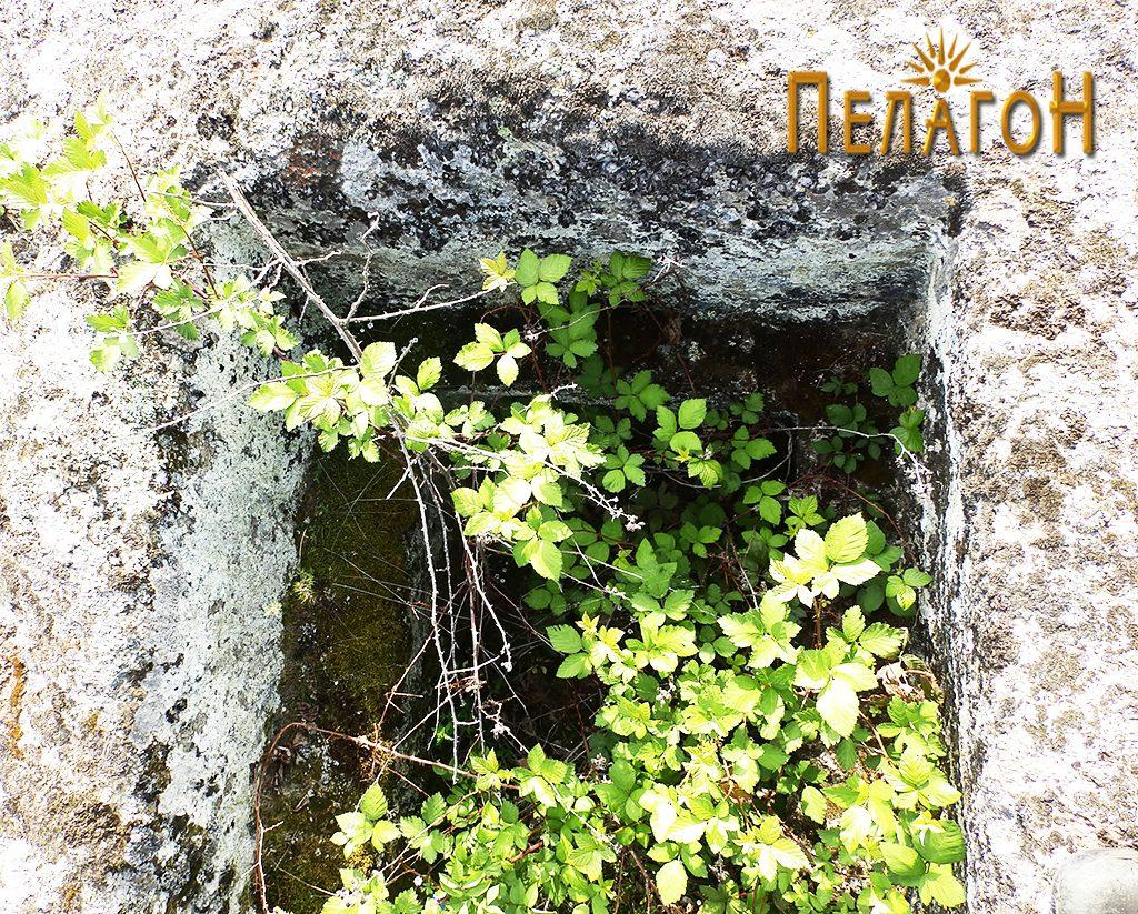 Гробницата - внатре 3