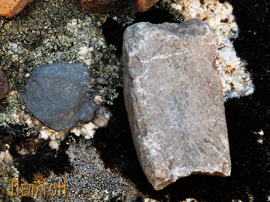 """Фрагменти од камени орудија од """"Рамниште"""""""