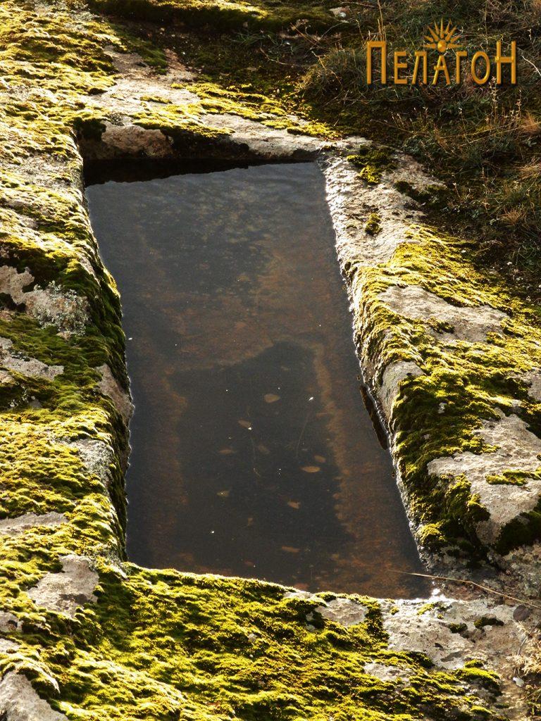 Резервоар на камена тераса