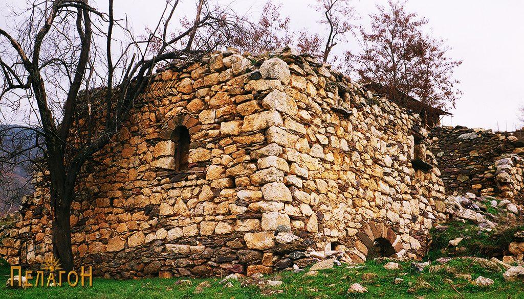 Остатоци од куќа од селото Врпско