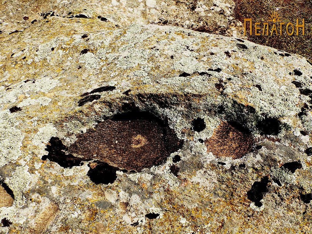 """Симболика на карпа од локалитетот """"Глува"""""""