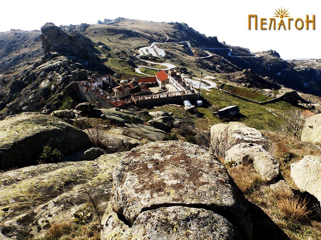 "Манастирот ""Успение на Пресвета Богородица - Трескавец"" кај Прилеп 2"