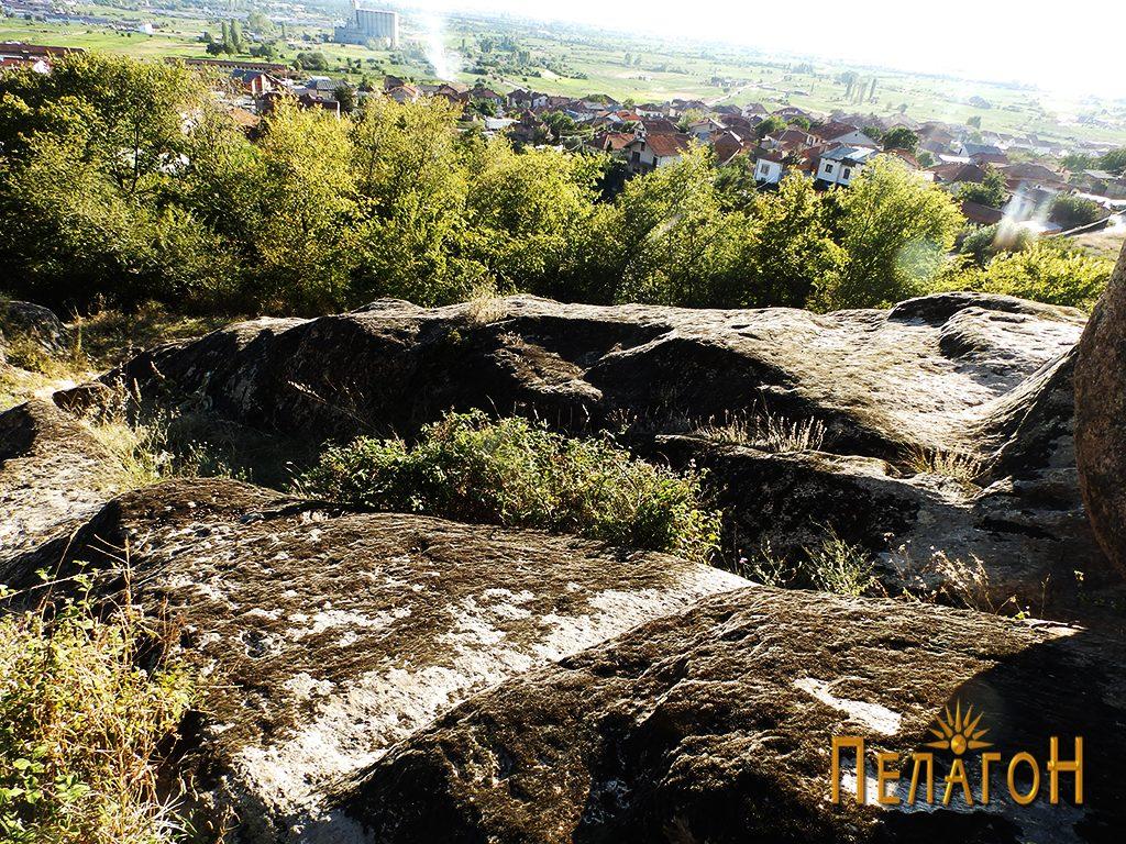 """Обработени форми на карпестите површини на """"Светецот"""""""