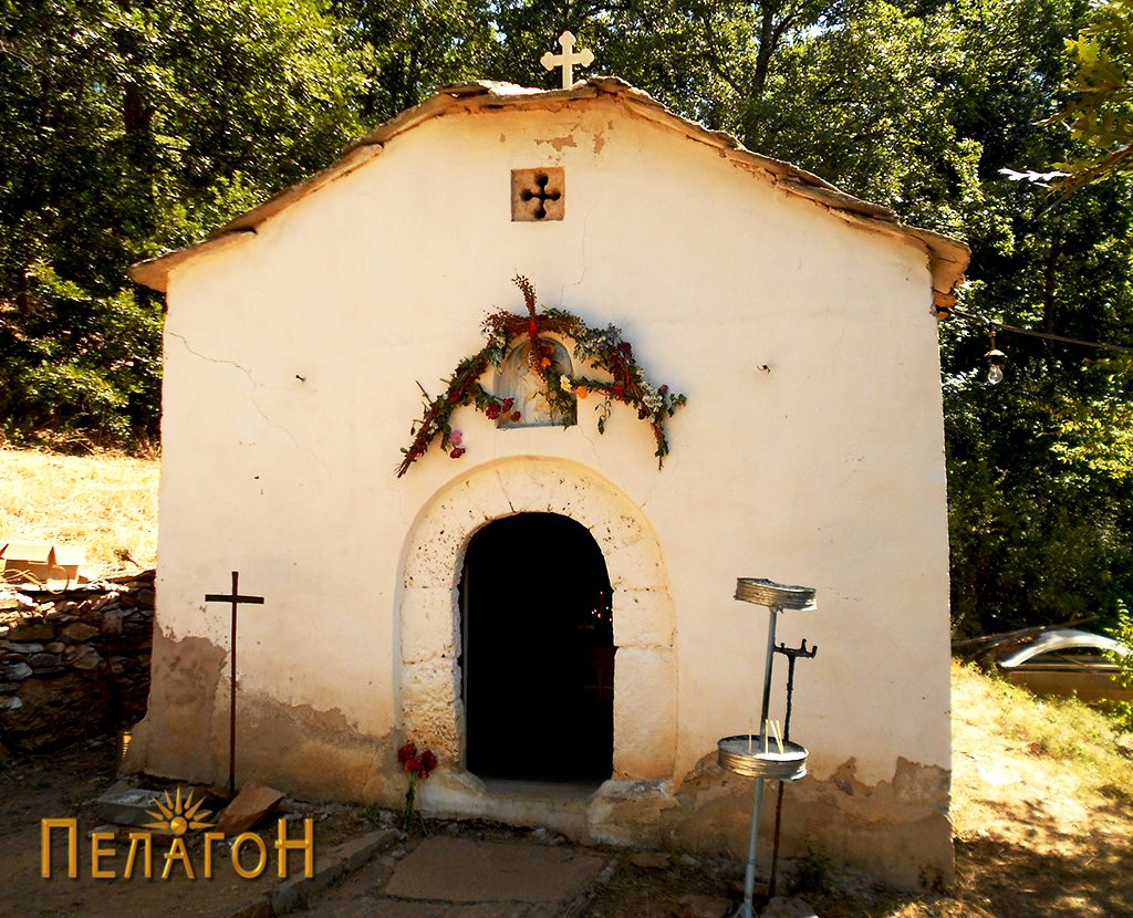 """Малата црква во манастирот """"Св. Богородица"""" 2"""