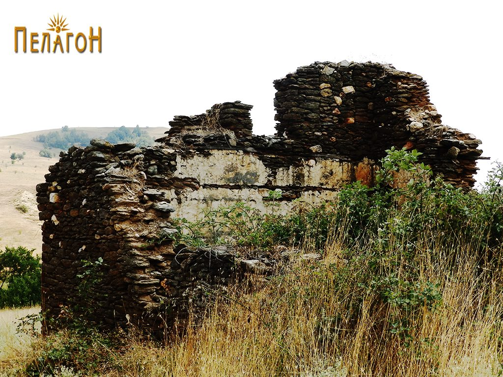 Остатоци од кулата на Дабовци во која била лоцирана четата 2
