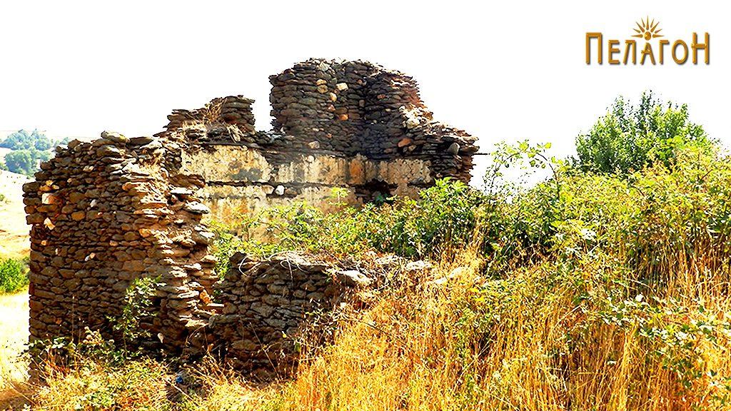 Остатоци од кулата на Дабовци во која била лоцирана четата 5